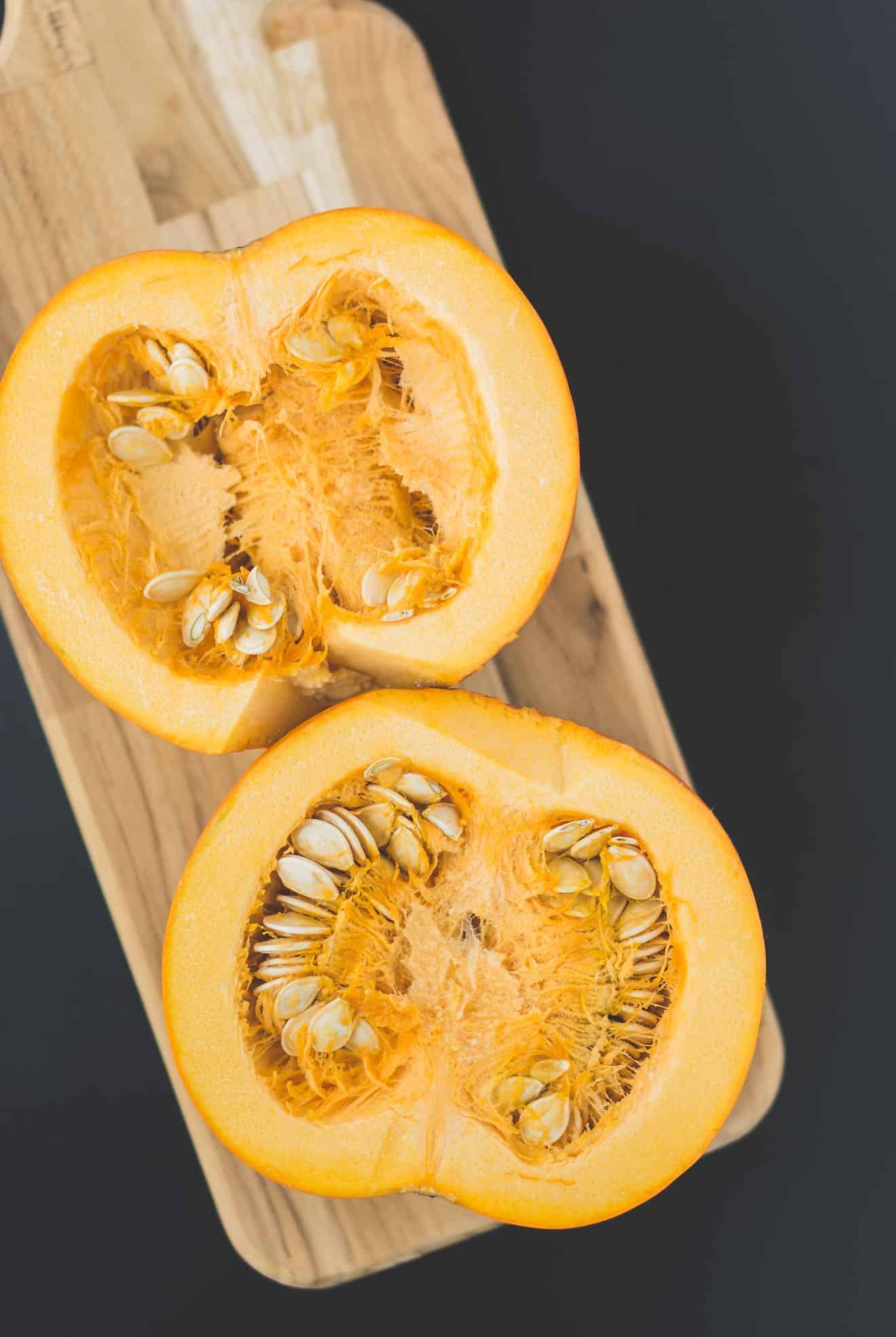 The-Best-Pumpkin-Hummus