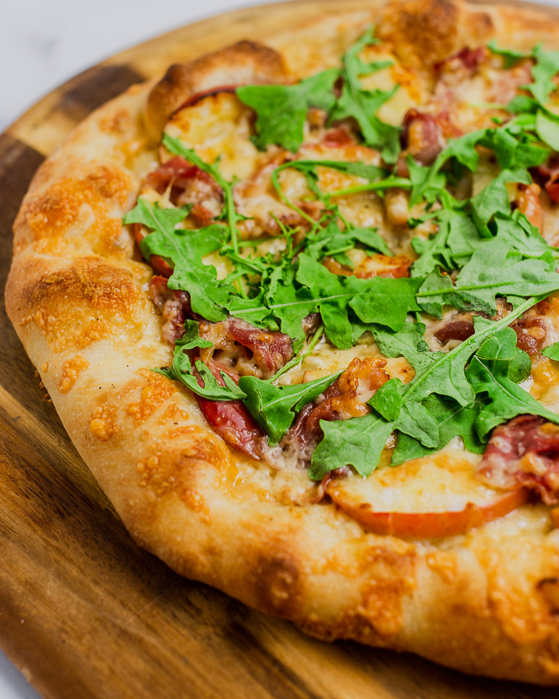 Apple and Prosciutto Pizza with Balsamic Glaze