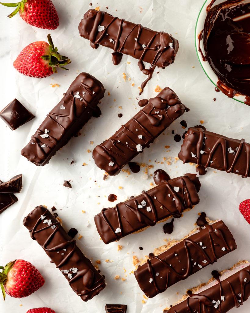 Vegan Strawberry Cheesecake Bars with chocolate and sea salt